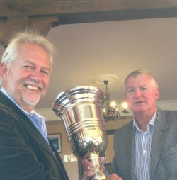 SP Presenting DR60 Cup to Ian Fairbrother